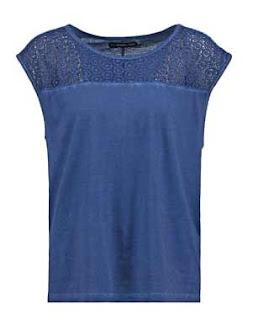 Camiseta azul marino en oferta