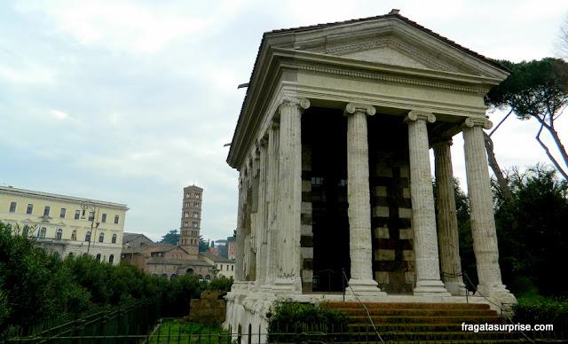 Templo de Portuno na Praça da Boca da Verdade, em Roma