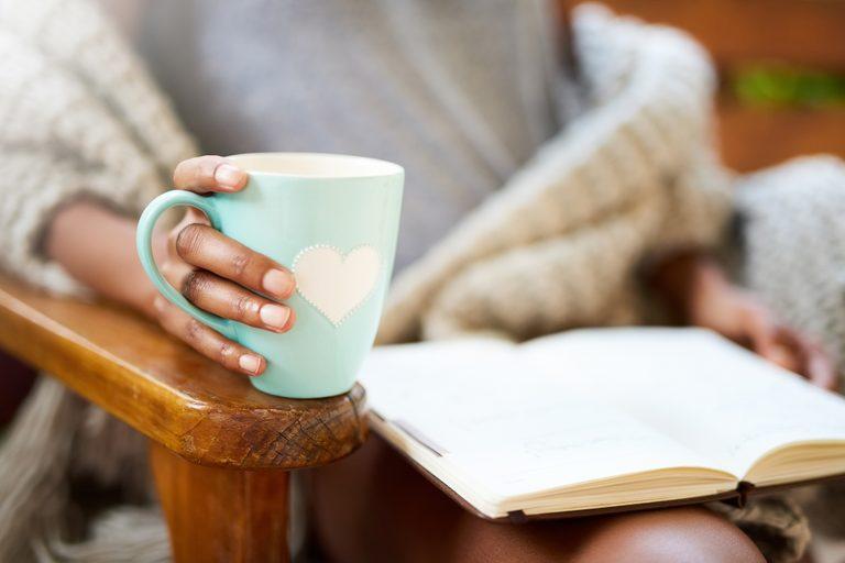 10 Remédios caseiros confiáveis para o alívio natural da ansiedade
