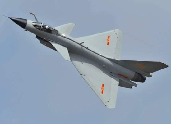 pesawat tempur Cina