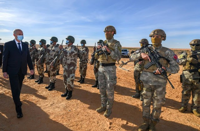 1 killed, dozens injured, curfew ordered in tribal conflict in Tunisia
