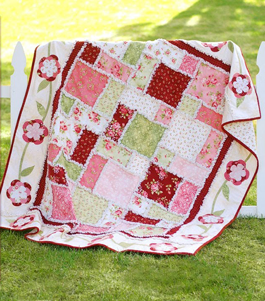 Rose Rag Quilt Free Tutorial designed by Jennifer Bosworth of Shabby Fabrics