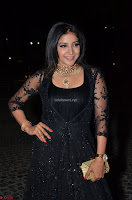 Sakshi Agarwal looks stunning in all black gown at 64th Jio Filmfare Awards South ~  Exclusive 049.JPG