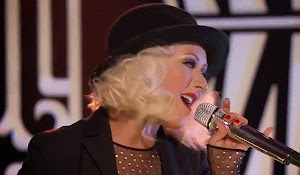 Christina Aguilera continues to show off a slender figure