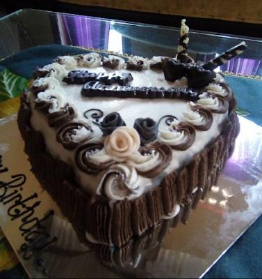 New Kue Ultah 2017 Berbentuk Love, Cake Simple Buat Pacar Dan Dewasa Wanita