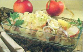 Reţete culinare - Salată de cartofi cu peşte afumat