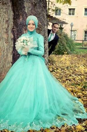 Baju Pengantin Muslim Warna Biru