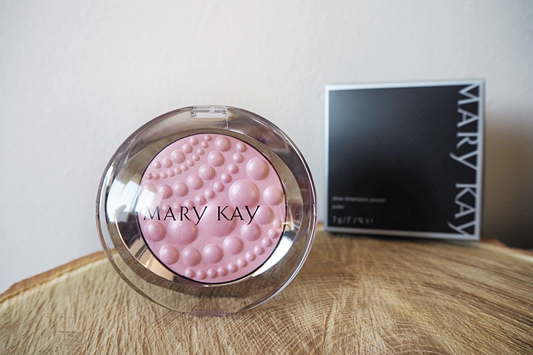 mary kay SHEER DIMENSIONS PUDR ODSTÍN PEARLS