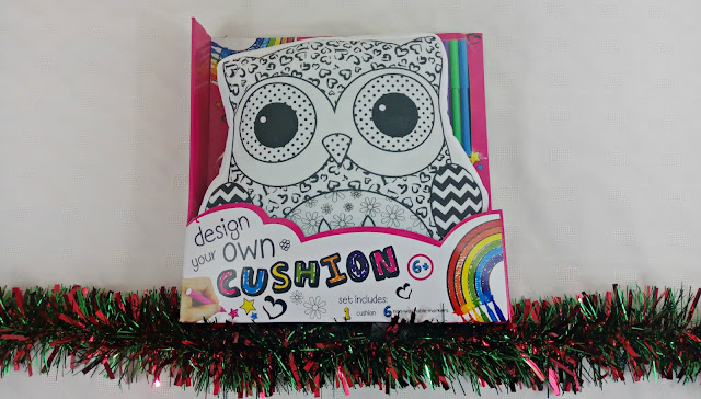 Design Your Own Cushion game, with an owl design.