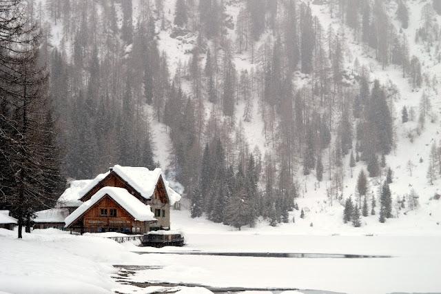 lago nambino inverno neve