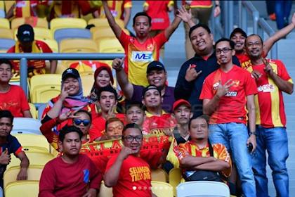 Wisatawan Malaysia Borong Jersey & Tiket Pertandingan Persib Bandung Vs Arema FC