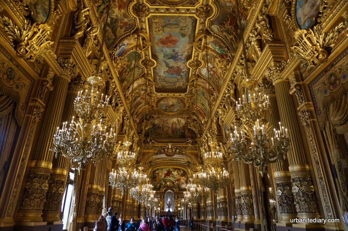 Grand Foyer Du Palais Garnier : Salon du soleil at the end of grand foyer