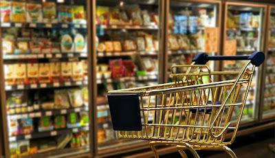Mengapa Banyak Orang Memilih Untuk Berbelanja di Minimarket Dibandingkan Supermarket Besar?