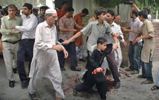 2010 Ahmadiyya mosques massacre