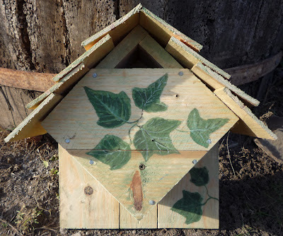 Bird box design from pallet and fruit crate wood