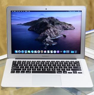"""Jual MacBook Air 2017 Intel Core i5 ( 13.3"""" ) MQD3LL/A"""