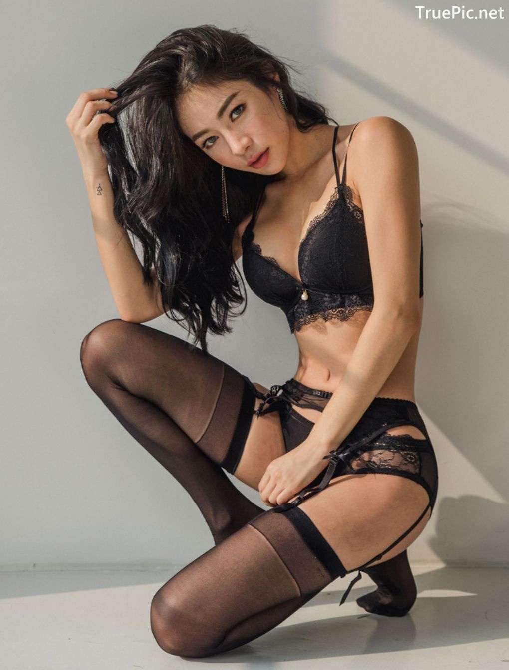 Image-Korean-Fashion-Model-An-Seo-Rin-7-Lingerie-Set-For-A-Week-TruePic.net- Picture-3