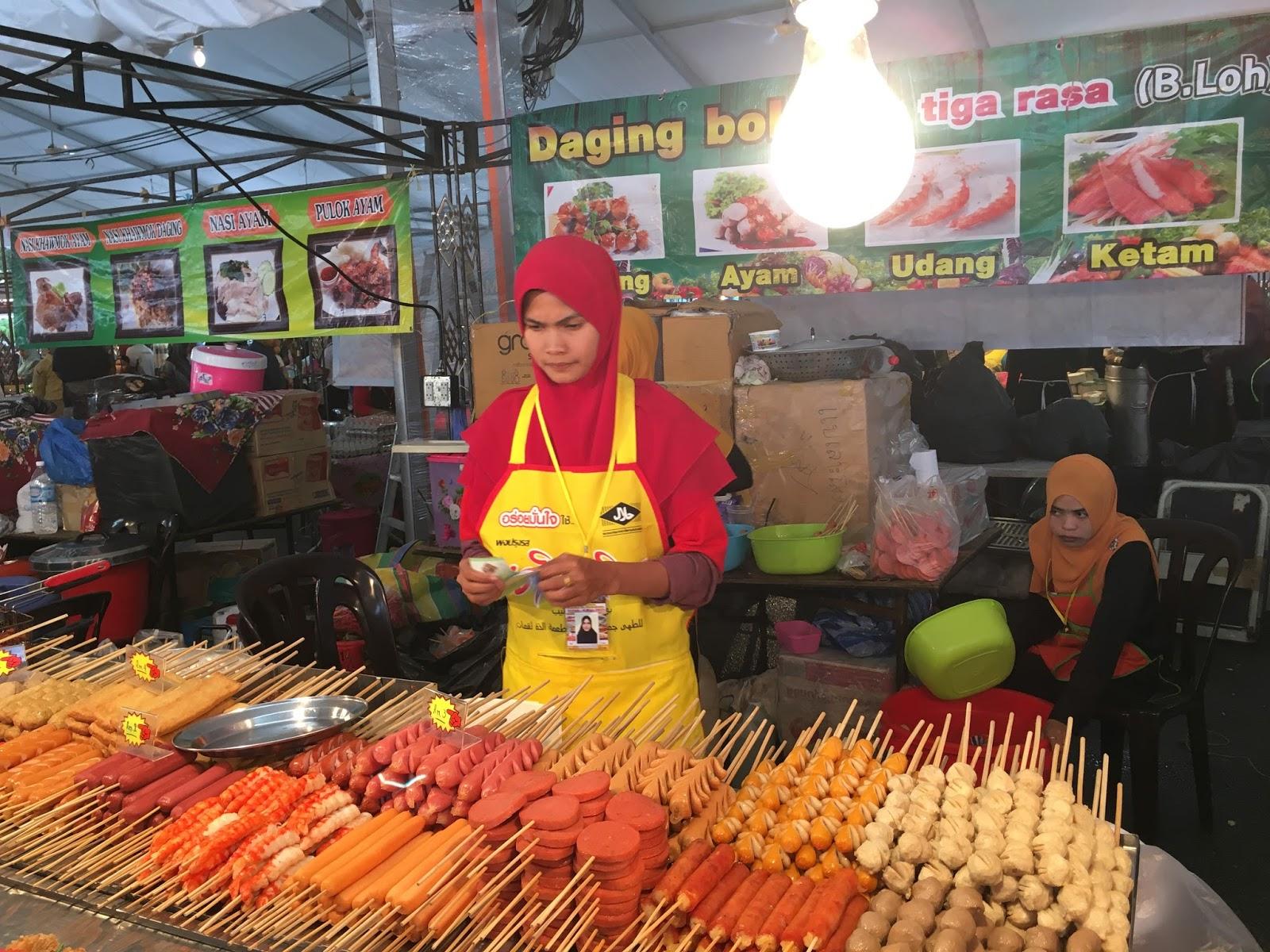 Fila territory color the world malaysia thai food for 4912 thai cuisine