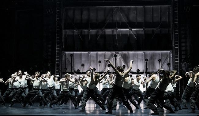 Paris Opera Ballet by Julien Benhamou