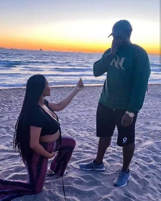 Social media users reacts as a Pregnant woman knelt down to Propose to her Boyfriend (Photos)