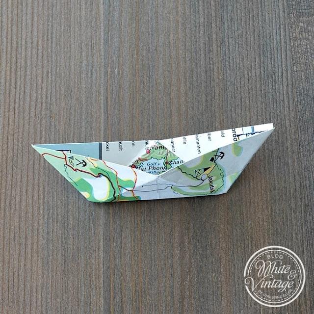 Papierschiffchen falten - so geht's
