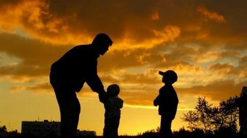 Trik Khusus Agar Ayah Bisa Dekat Dengan Anak