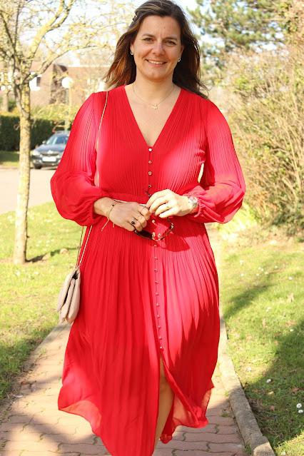 Robe rouge Maje, escarpins Minelli, look du jour, Les petites bulles de ma vie