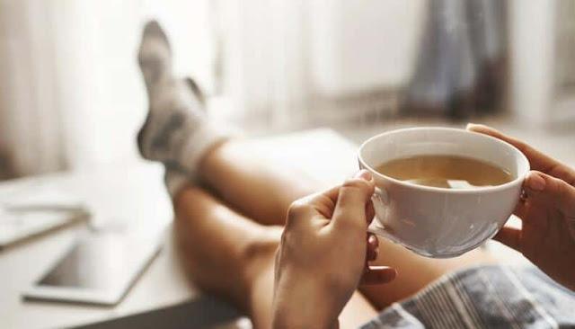 Chá de Camomila - Alimentos que melhoram seu sono
