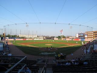 Home to center, Riverfront Stadium