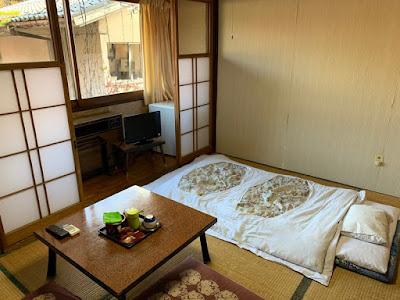 松屋旅館 6畳客室