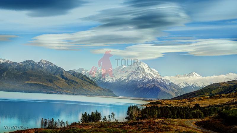 Lake Pukaki Tourist New Zealand