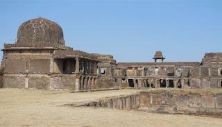 Badal Mahal raisen