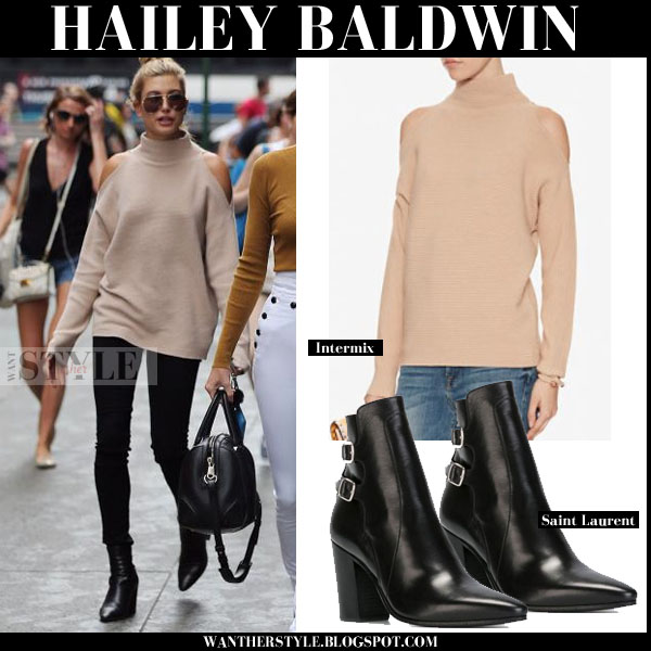 8b7ef3f121 Hailey Baldwin in beige cold shoulder sweater and black ankle boots ...
