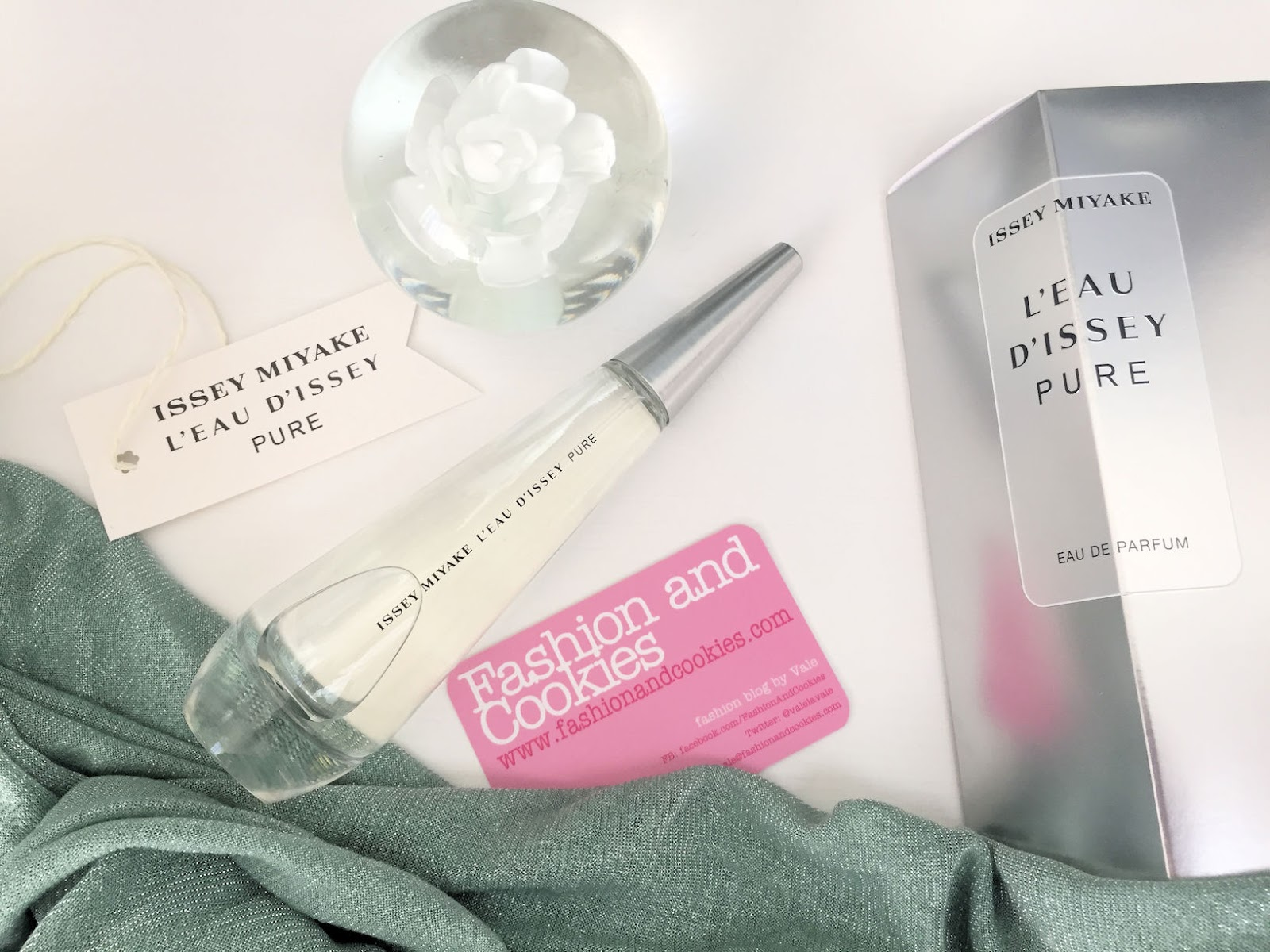 L'EAU D'ISSEY PURE EAU DE PARFUM by ISSEY MIYAKE on Fashion and Cookies beauty blog, beauty blogger