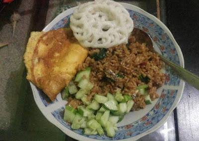 Resep Cara Membuat Nasi Goreng Ikan Asin Komplit