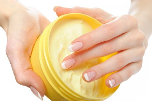 Crema casera para el cuidado de tus dedos