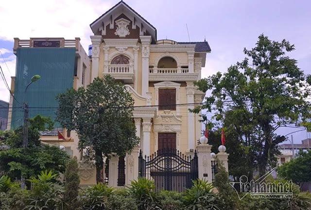Ngôi biệt thự được thiết kế cầu kỳ