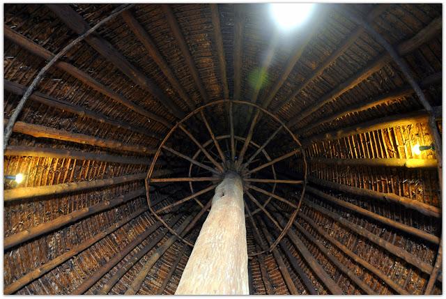 Architettura Contemporanea Renzo Piano Centro Culturale Jean Marie Tjibau Oceanea i grandi maestri dell'architettura interno della capanna