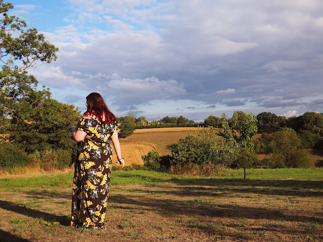 reasons why you should travel solo body positive travel blogger