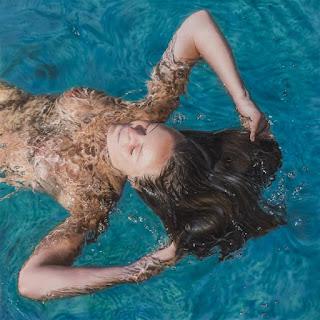 mujeres-sobre-el-agua-pinturas-hiperrealistas hiperrealismo-mujeres-pinturas