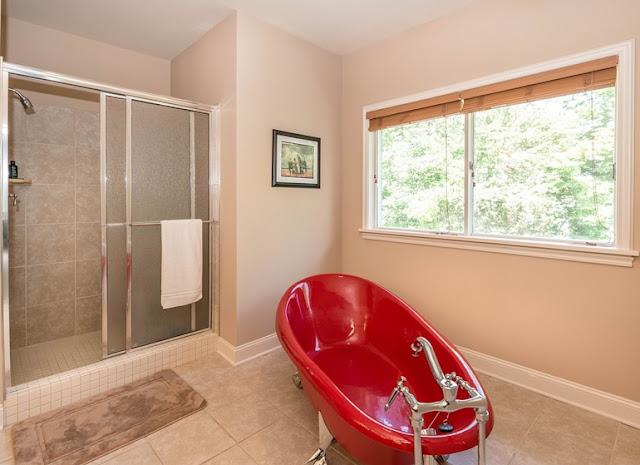 Rodzaje grzejników do łazienki. Poznaj je, by dokonać właściwego wyboru