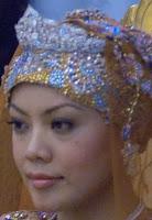 diamond flame tiara queen saleha brunei princess norashikin
