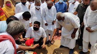 Rajasv mantri harish chaudhary ne kiya shilanyas panchayat bhawan ka lokarpan