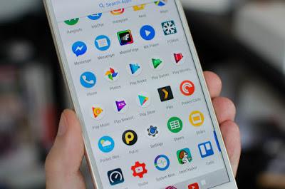 Google تعلن عن أشهر التطبيقات الألعاب الأفلام المسلسلات و الكتب في Google Play لسنة 2016