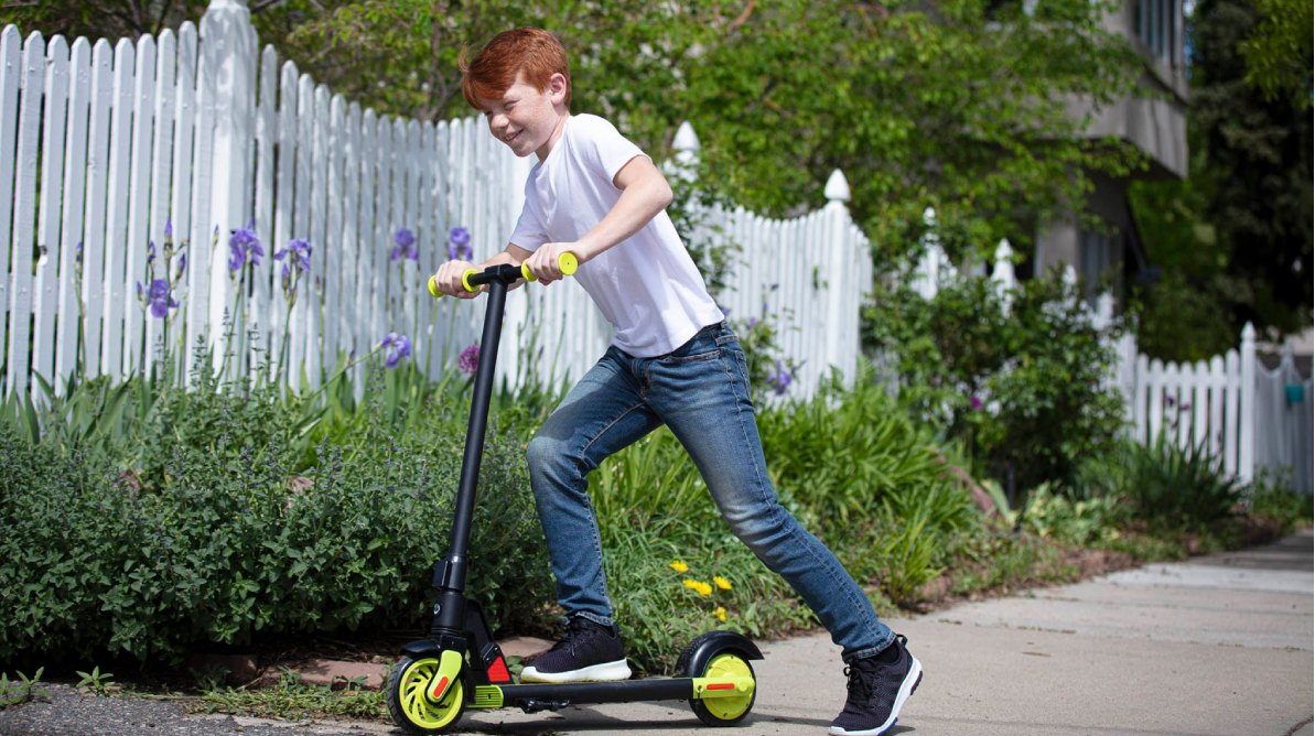 Kids GoTrax Electric Scooter