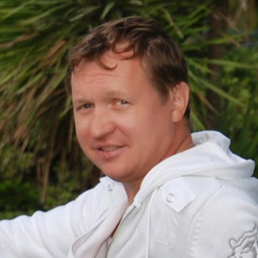 Andrei Markin TuttArt