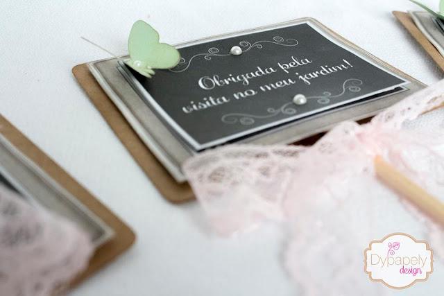 plaquinhas personalizadas, toten de mesa, plaquinhas jardim, plaquinhas borboleta, plaquinhas de giz