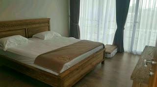 Tempat Tidur 3 Di Lantai 2