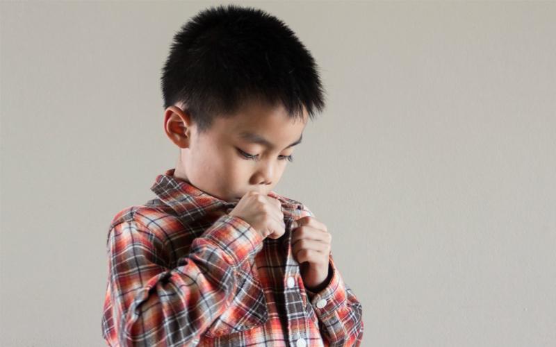 Cara Mengajari Si Kecil Membuka Baju