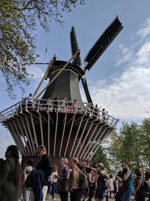 Visit Keukenhof Tulip Garden Holland Windmill